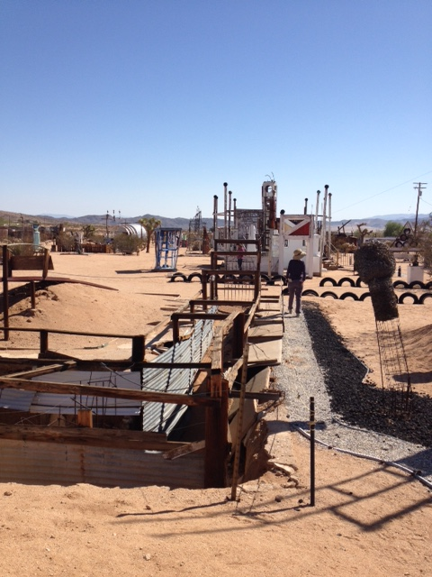 Noah Purifoy Outdoor Desert Art Museum . Noah Purifoy . Photo by Stacy Elaine Dacheux . 2013